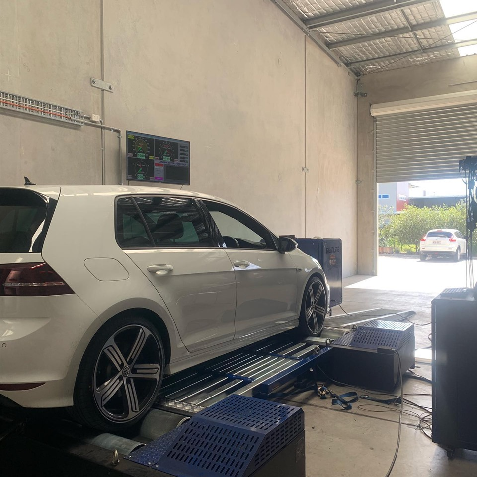 crdtech displayimage test dyno run of new volkswagen golf